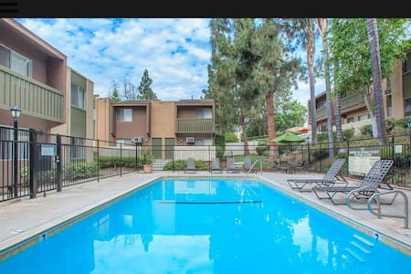 Cozy Apartment in the heart of Orange County - Brea - Apartamento
