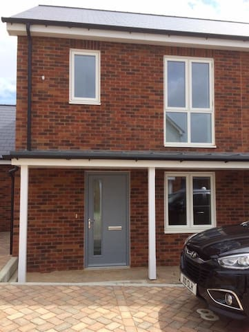 Stylish, newly-built 2 bedroom semi-detached house