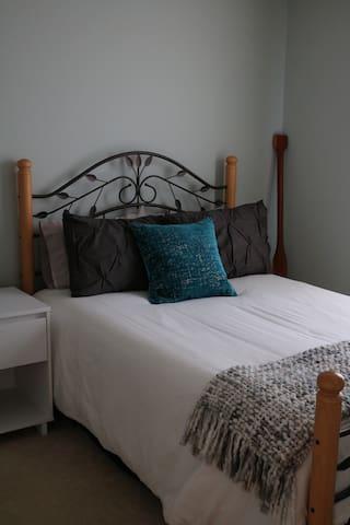Private Bedroom & Bath at Perdido Key Beach/NAS