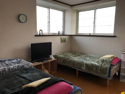 2F Aoi's room    (葵の間・6畳洋室)