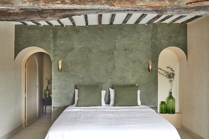 Luxury suite in heart of medieval St Paul de Vence