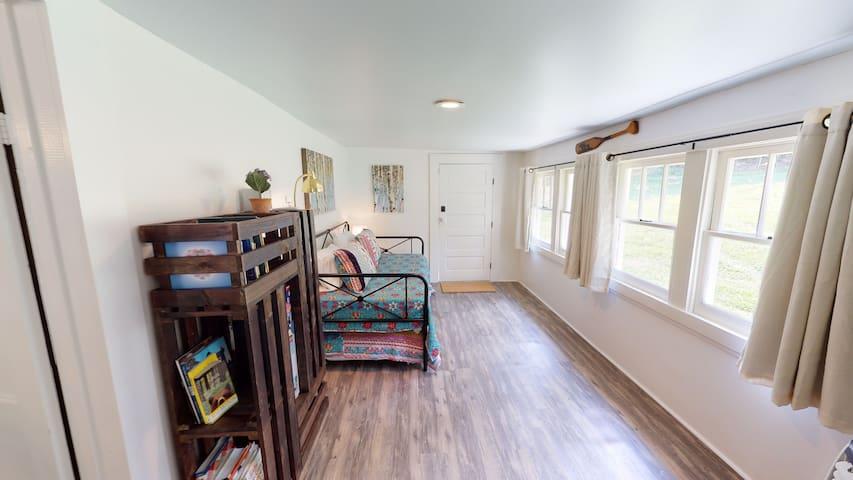 Bedroom 3 - Trundle Bed