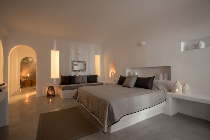 Bedroom with king size bed and sofa bed