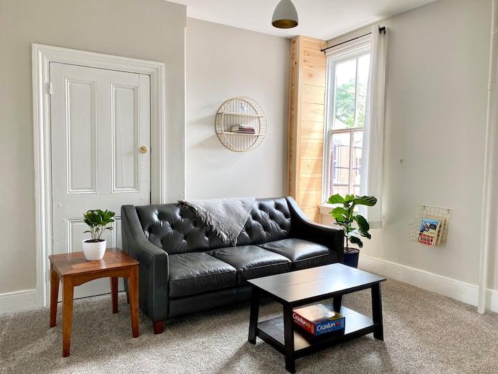 Shipoke Two-Room Suite