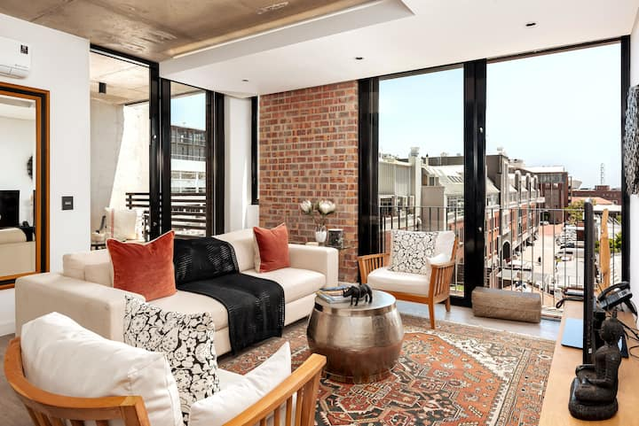 Lovely and Stylish Apartment   De Waterkant
