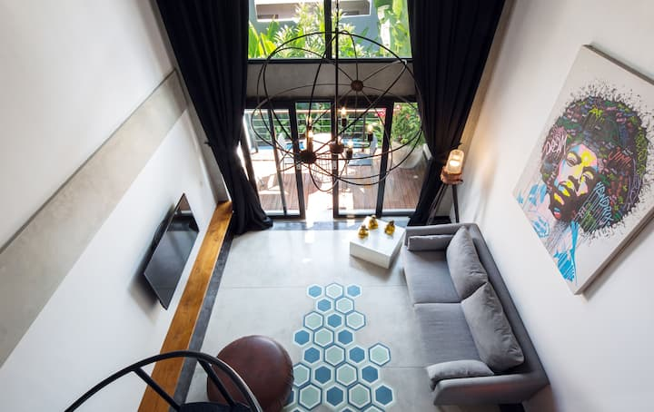 B34 Cozy Seminyak Loft with Balcony &  Kitchen