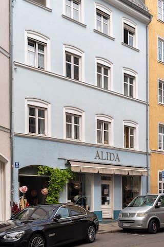 Schicke Wohnung in Bestlage Münchens
