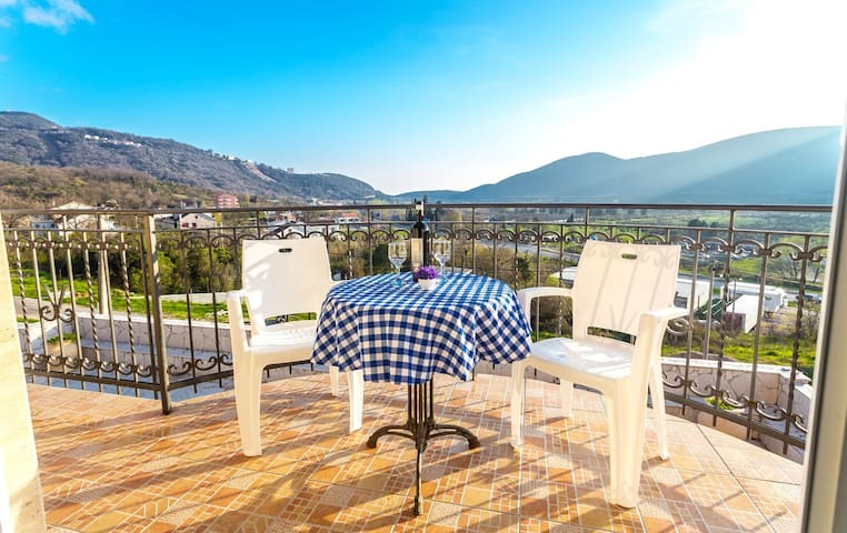 One bedroom apartment with balcony - Lastva Grbaljska - Appartement