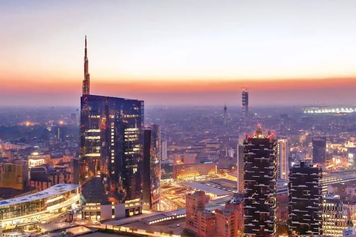 BOUTIQUE LOFT in Milan's most modern neighborhood