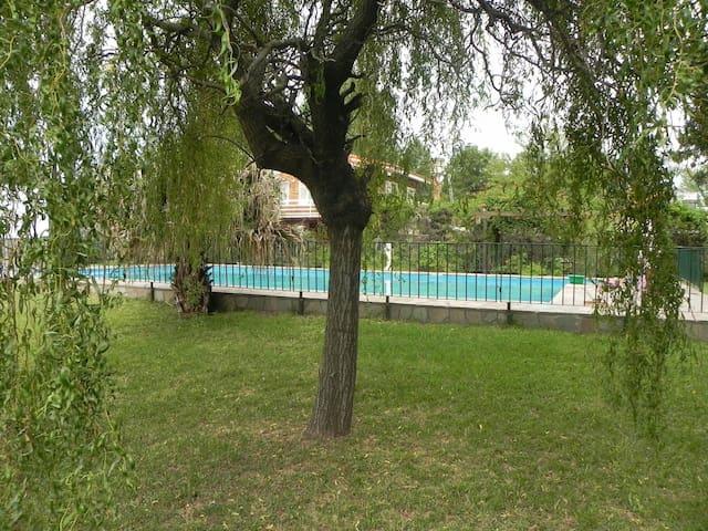 Casa en alquiler temporario - Funes - funes - Haus