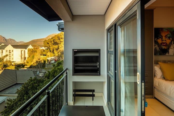 The Den Studio Apartment 46 (Cape Summer Villas)