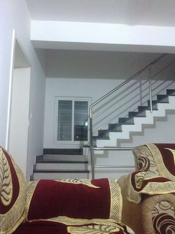 Villa 1 AC Room for 3+ Guests Free Pick up Shuttle - Bhubaneswar