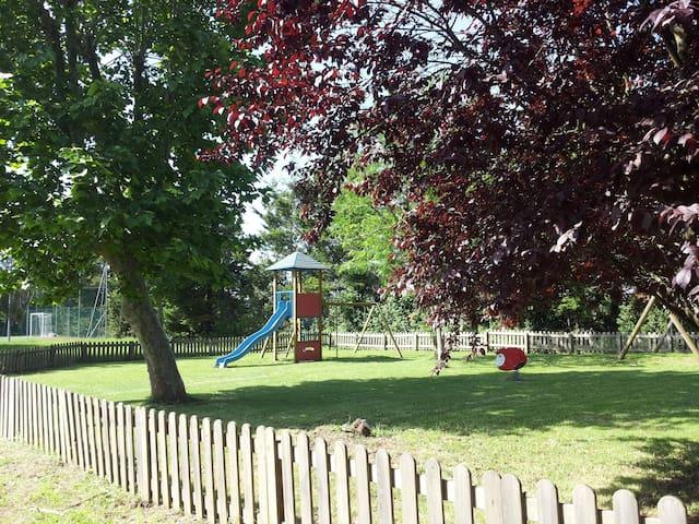 Campo giochi per bambini