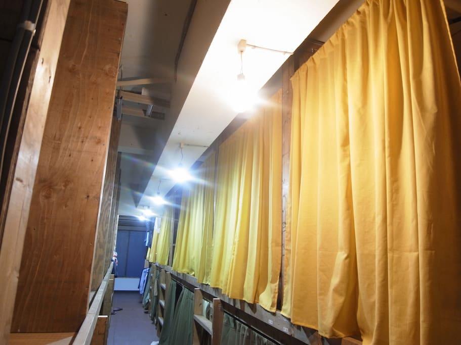 ドミトリールーム / Dormitory Room 全室ドミトリーです All room is dormitory.