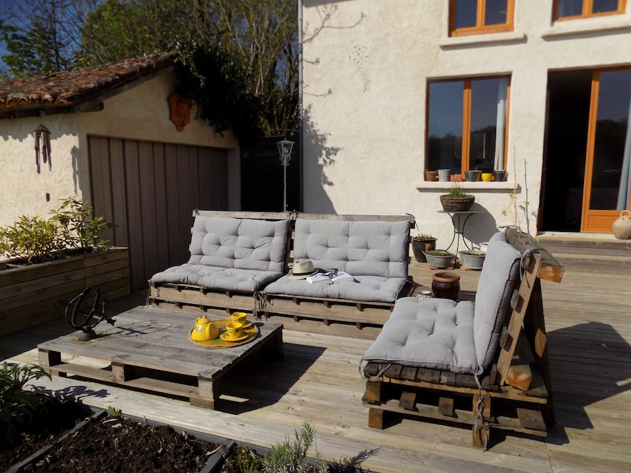 Relax on our pallet furniture