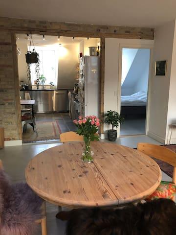 Dining area in livingroom