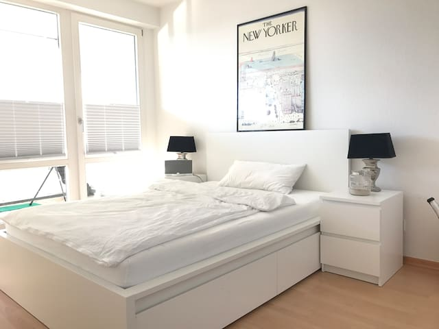helles Appartement an der Alster mit Flair! - Гамбург