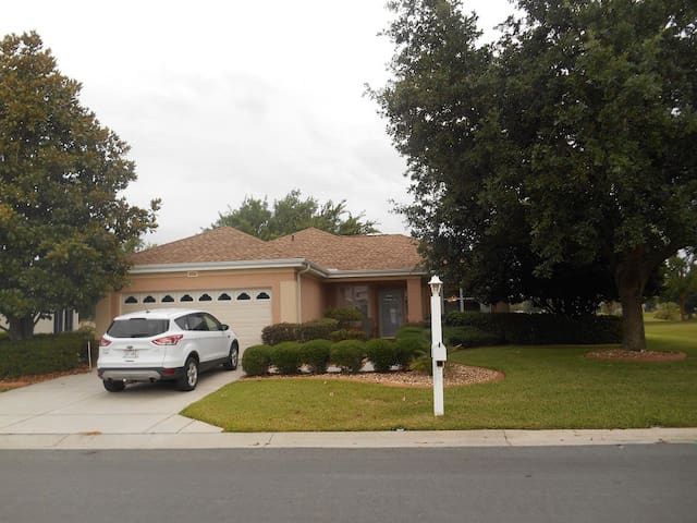 Del Webb Spruce Creek 55+, near The Villages - Summerfield - Huis