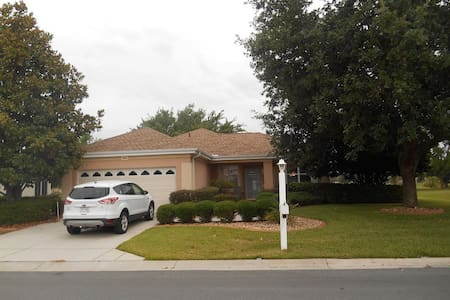 Del Webb Spruce Creek 55+, near The Villages - Summerfield - Hus