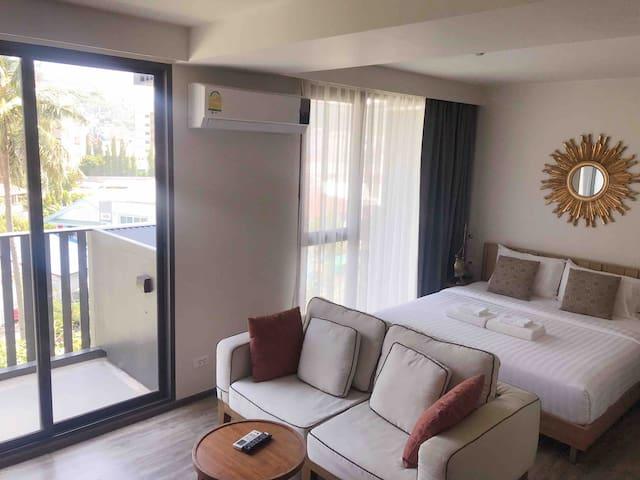 33Sqm Best design King Bed Luxury condo 6F芭东海滩奢华公寓