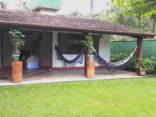 Casa no Condomínio Pedra Verde (Praia do Lázaro)