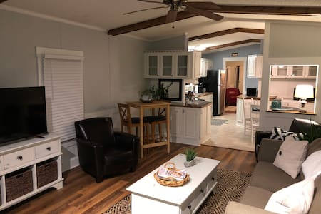 Beaufort, Near Parris Is, Renovated 3 Bed, Sleep 6