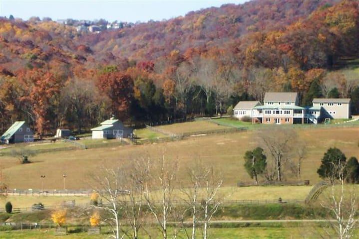 private 1BR apt close to VT w/views - Blacksburg - Apartamento