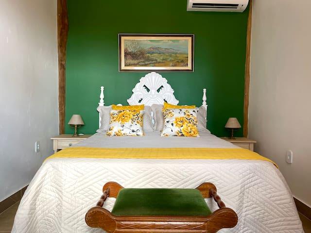 Quarto 1 - térreo (1 cama de casal)