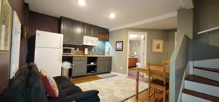 Monthly Rental Montford Basement Studio Apartment
