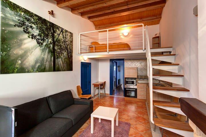 Casa/Duplex con agua termal y piscina natural - Santa Fe - Huis