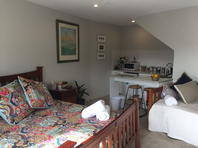 Self Contained Bed & Breakfast in Kiama NSW