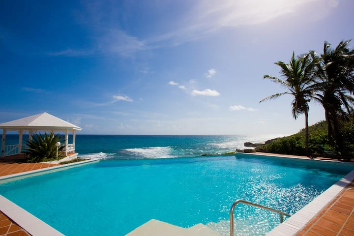 3Bedroom Rainbow Villa with Pool