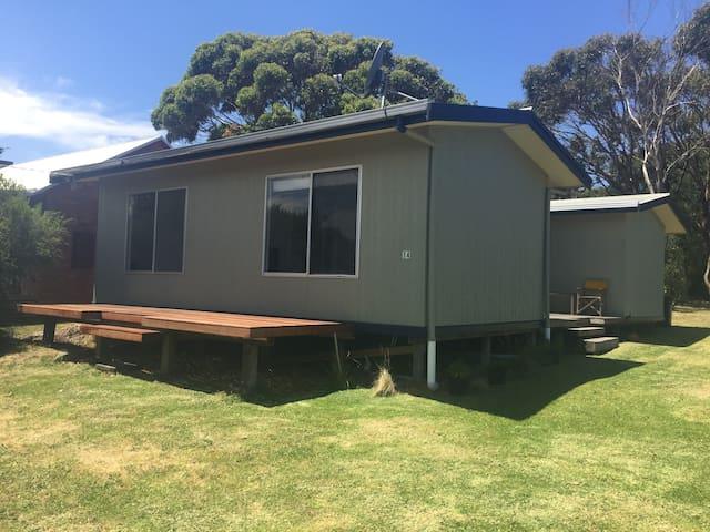 Cosy Coastal Cottage Retreat - Port Campbell - Maison