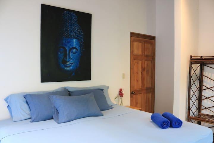 Jungle View Room - Casa Nautika Retreat