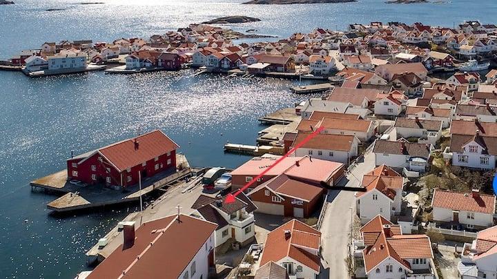 Klädesholmen Sealodge, on the Swedish west coast