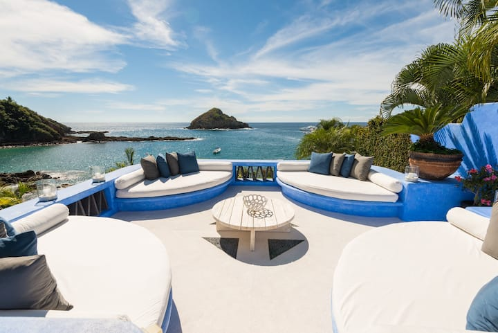 Casa Azul, the best 4 bedrooms Villa in Careyes