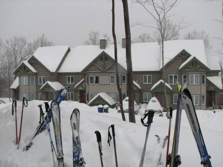 Jay Peak ski-in/ski-out 2 bdrm Village Condo