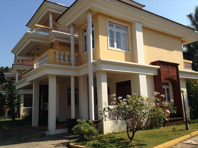 Gorgeous villa with a pool & short walk to a beach - Salcete - Villa