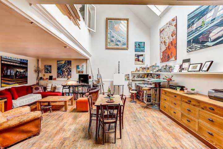 Confortable Parisian artist's house 90m2