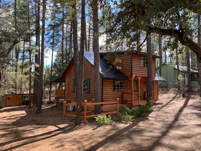 Cool Pines Cabin (Pine, AZ) Sleeps 8