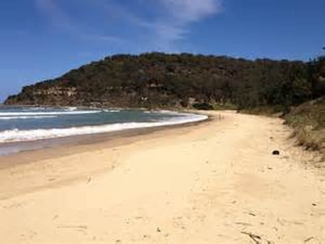 Umina Beach Shack Unit