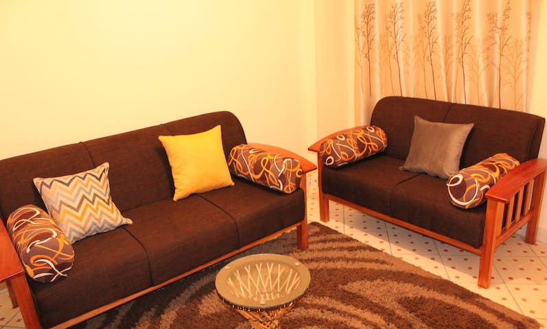 Homely Living, Entire 1 Bedroom Apartment