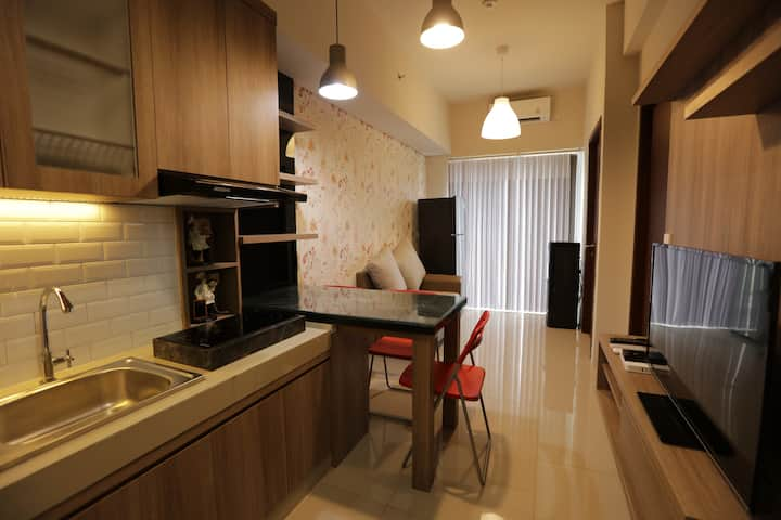 New & Cozy Apartment 2BR at The Avenue
