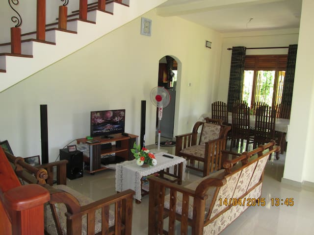 House for Rent Gampaha - Gampaha - Hus
