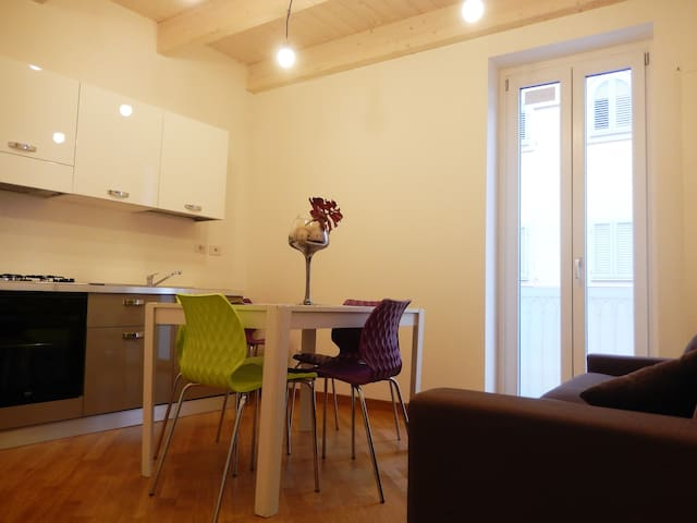 Affittasi bellissimo appartamento nuovo al centro. - San Benedetto del Tronto - Casa