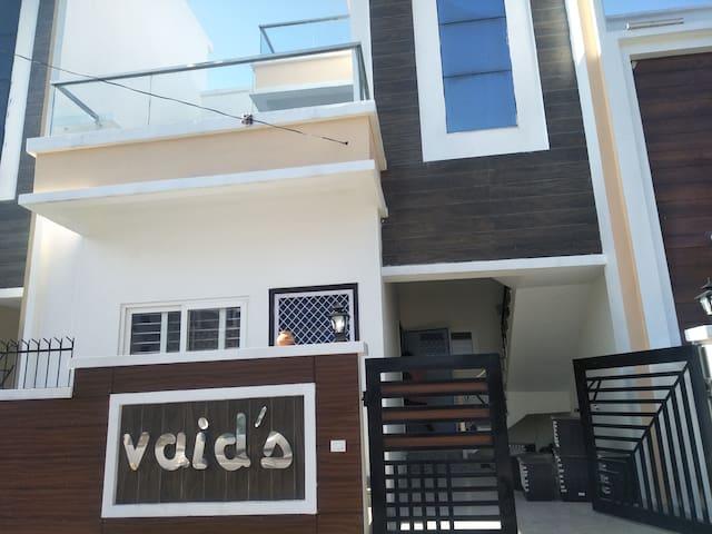 Duplex villa (Vaid's) - Room no.-1