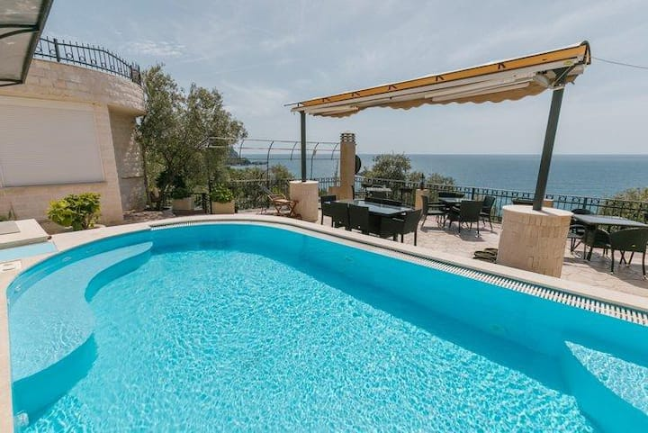 Monte Perla Residence Lux apartment 1 WELCOME!