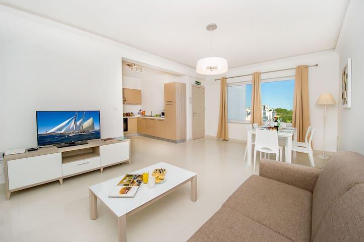 Swieqi Apartment- 6 guests