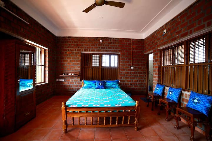 Copacabana Room at Satzy's, Kovalam