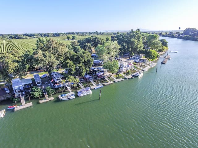 Riverfront Vacation Home at Ko-Ket Resort